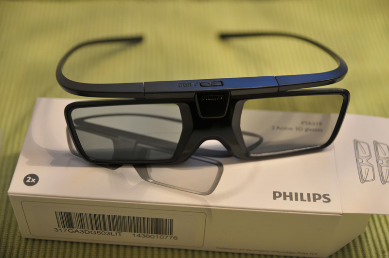Philips 65PUS9809 3D Brille 1