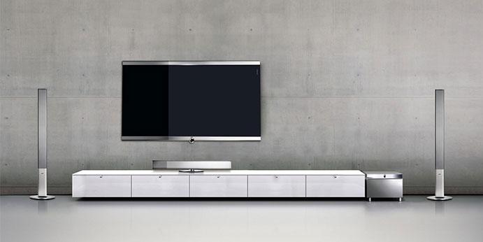 loewe erg nzt portfolio um uhd tvs nach krisenbeseitigung. Black Bedroom Furniture Sets. Home Design Ideas